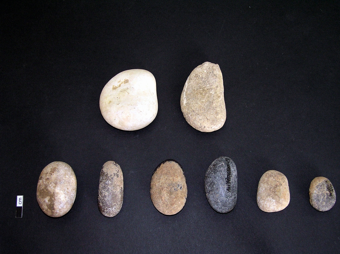 Active pebble tools
